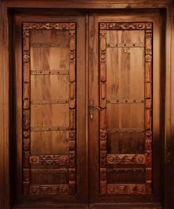vhodna-vrata-masiv-unikat